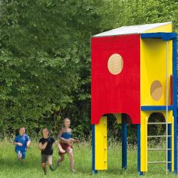 Ein buntes Hochhaus aus Holz und Edelstahl bauen!