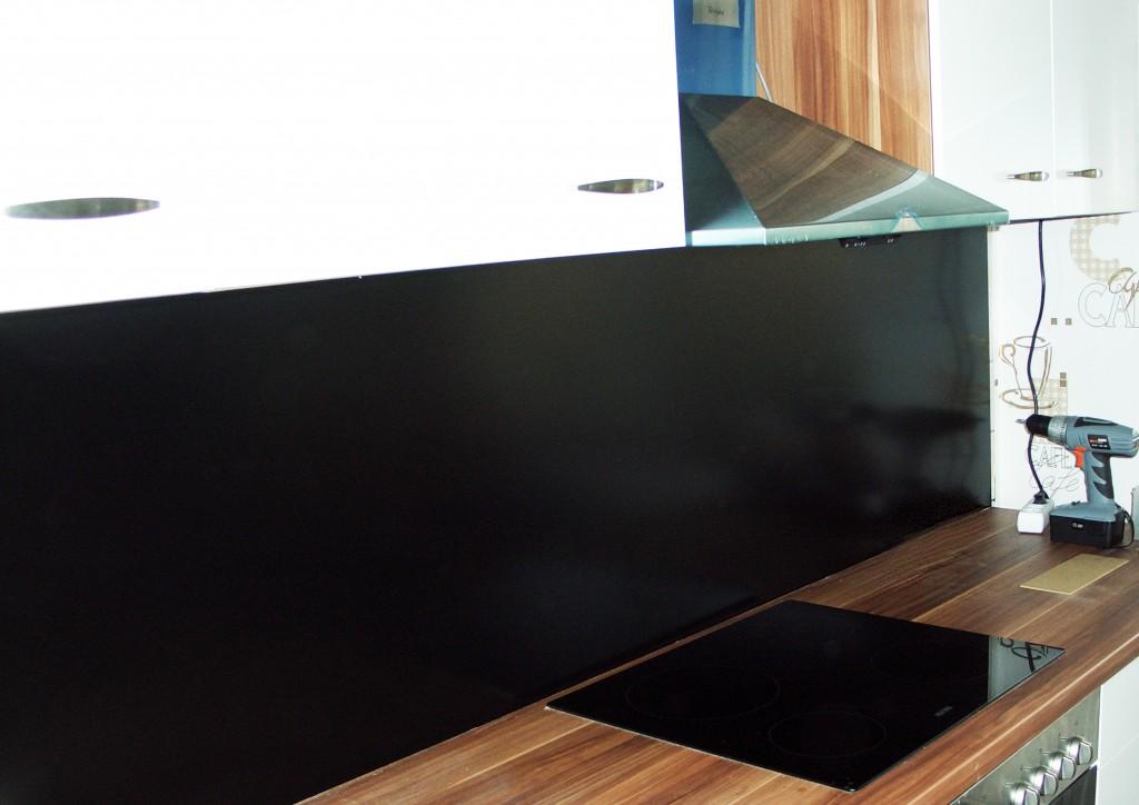 Sieht doch super aus! Durch die glänzende, schwarze Oberfläche wirkt es sehr edel...