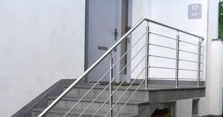 So könnte dein neues Edelstahl-Geländer aussehen.