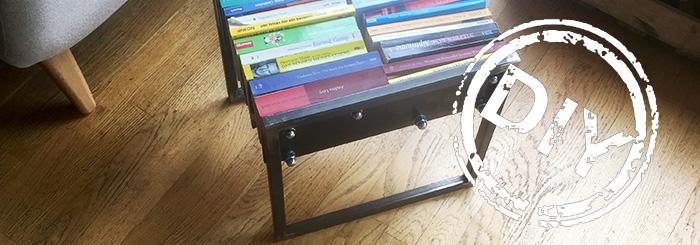 Stylische Beistelltische oder Hocker aus alten Büchern herstellen