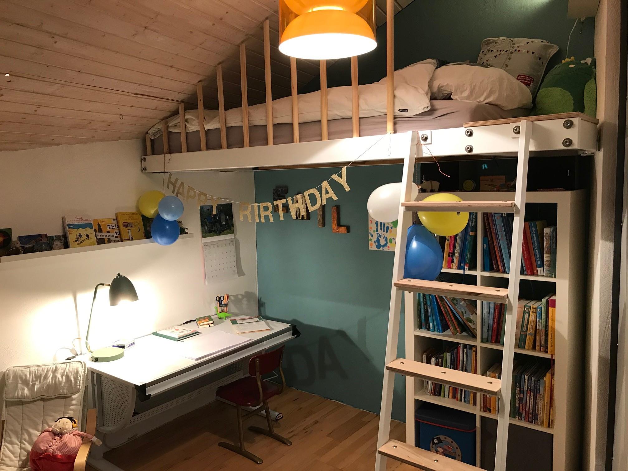 Hochbett nach Maß – mehr Platz für kleine Räume